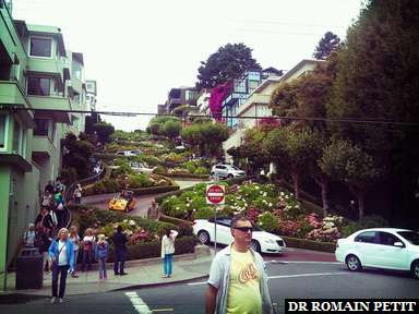 Portion de la rue Lombard célébre pour ses virages
