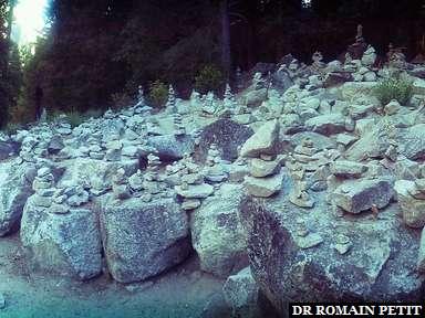 Sculptures de pierres au parc Yosemite