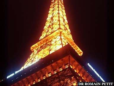 Paris? Non, une réplique de la Tour Eiffel à Las Vegas