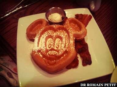 Petit déjeuner chez Mickey