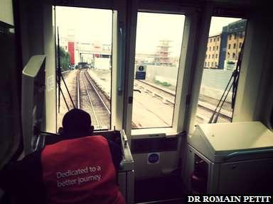 A l'avant du DLR direction Londres pour notre 2ème jour