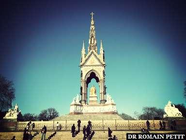 Albert Memorial à Kensington Gardens