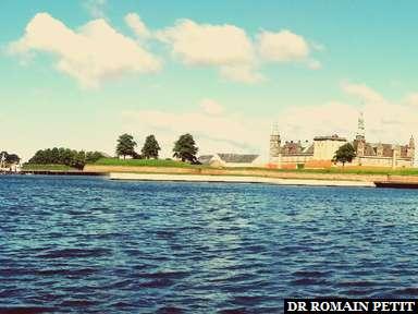 Kronborg Castle vu du port à Helsingør.