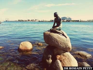 Statue de la Petite Sirène à Copenhague.