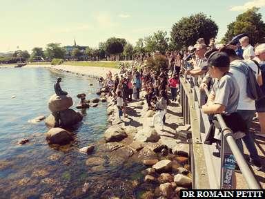 Fans de la Petite Sirène à Copenhague.