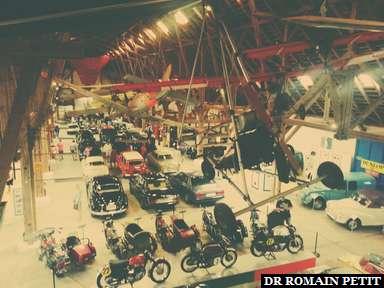 Musée d'automobiles, motos et avions au Château d'Egeskov.