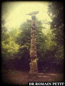 Sculpture sur bois du Totem