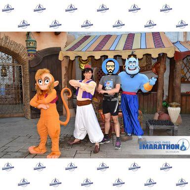 Rencontre avec Abu, Aladdin et Genie
