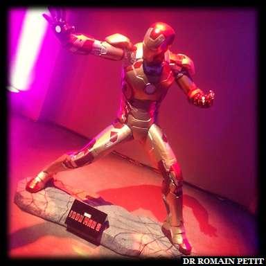 Statue de Iron Man, personnage Marvel