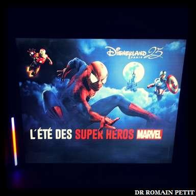 Affiche 4x3 de la saison <i>L'Été des Super Héros Marvel</i>
