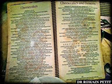 Pages de la carte de cheesecakes à The Cheesecake Factory
