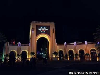 Entrée de Universal Studios Florida de nuit