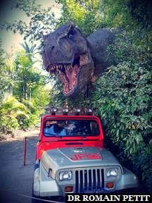 Jeep poursuivie par un T-Rex à Universal's Islands of Adventure
