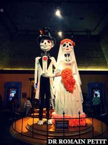 Statues inspirées par le film Disney Pixar Coco au pavillon Mexicain à Epcot