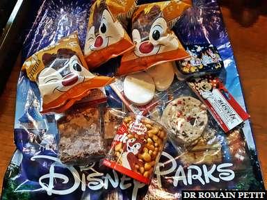 Achat de quelques snacks de Walt Disney World avec les coupons restants